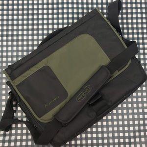 Lenovo Messenger Max Computer Bag